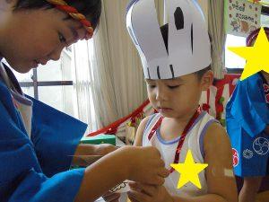 買い物が済んだ子はメダルにシールを貼ってもらいました♡