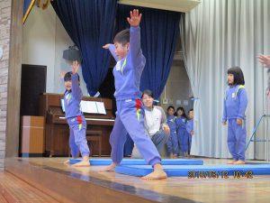 開脚前転金メダル☆