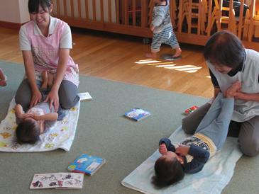 赤ちゃん体操&インファントマッサージ